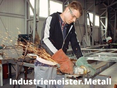 Geprüfter Industriemeister werden und erfolgreich Karriere machen