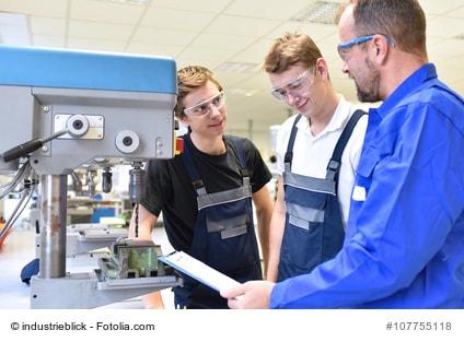 Industriemeister machen - Fernstudium oder Präsenzunterricht